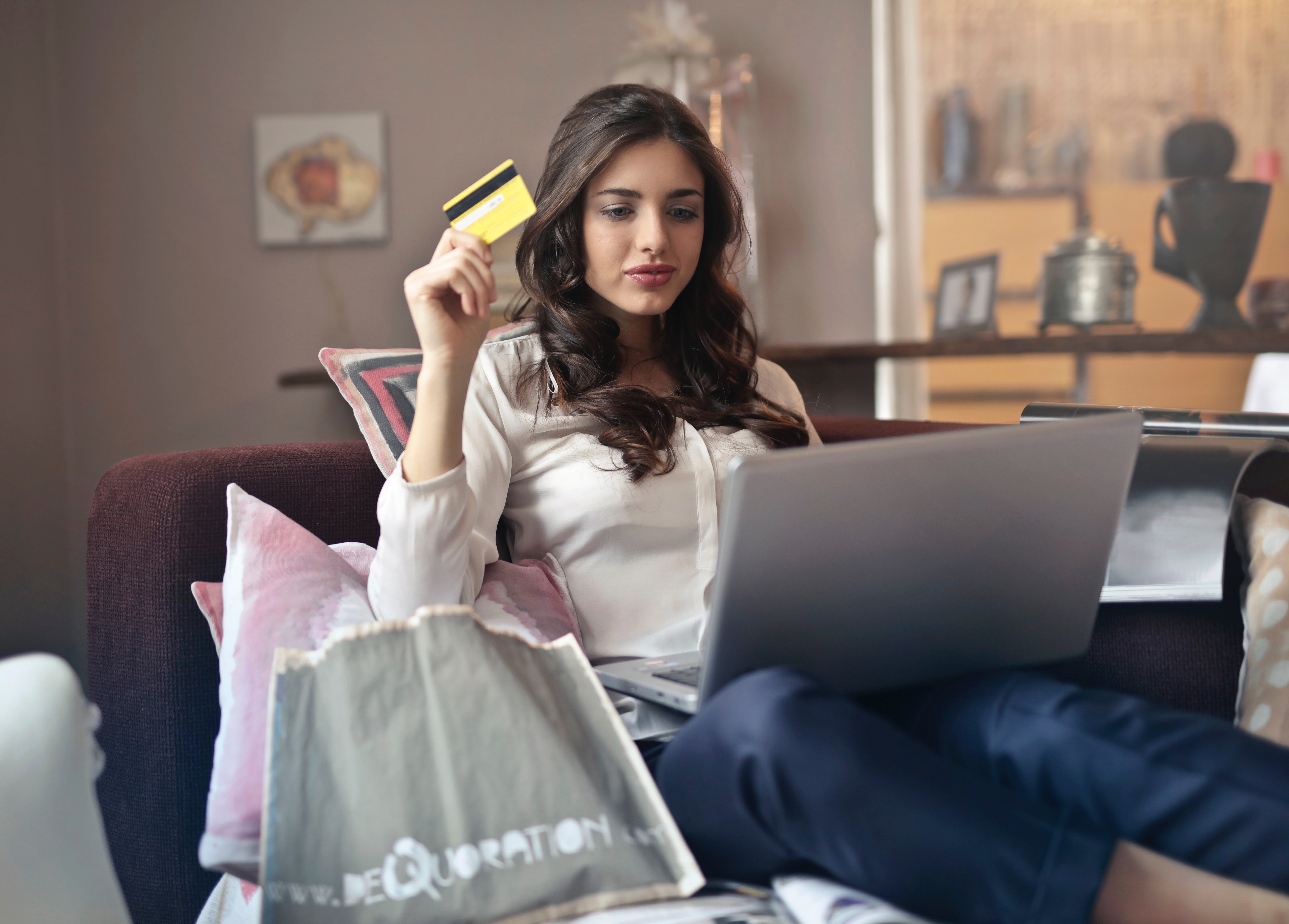 5 Causes Of Debt And How You Can Avoid Them